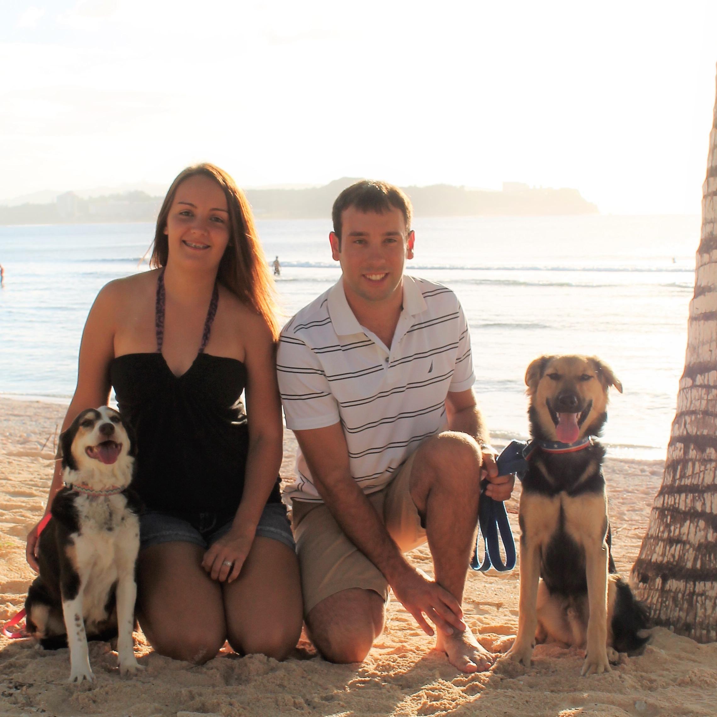 dog walker Makayla & Scott