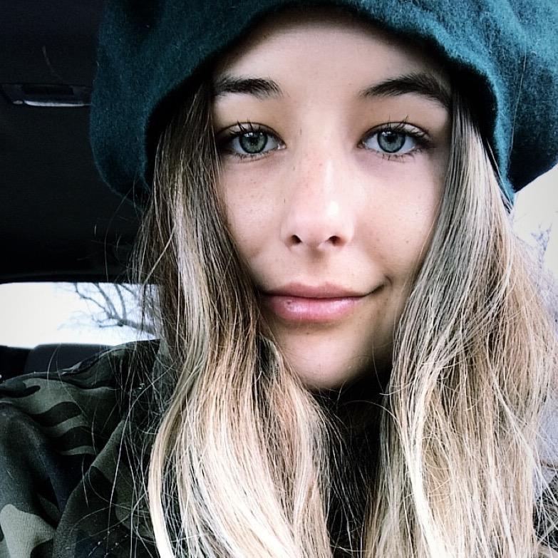 Eva B.