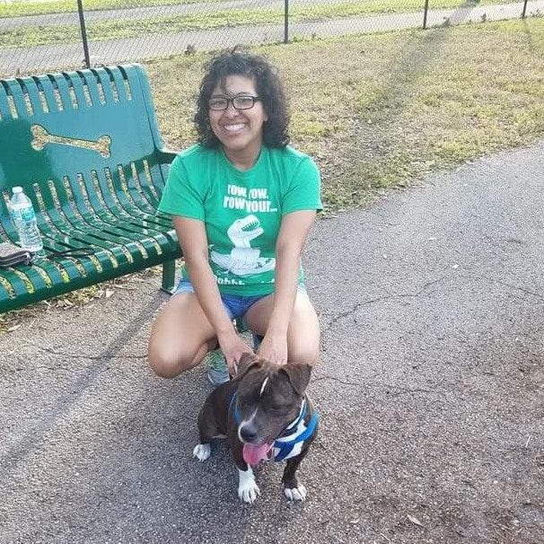 dog walker Marisel