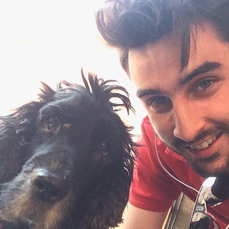dog walker Miguel