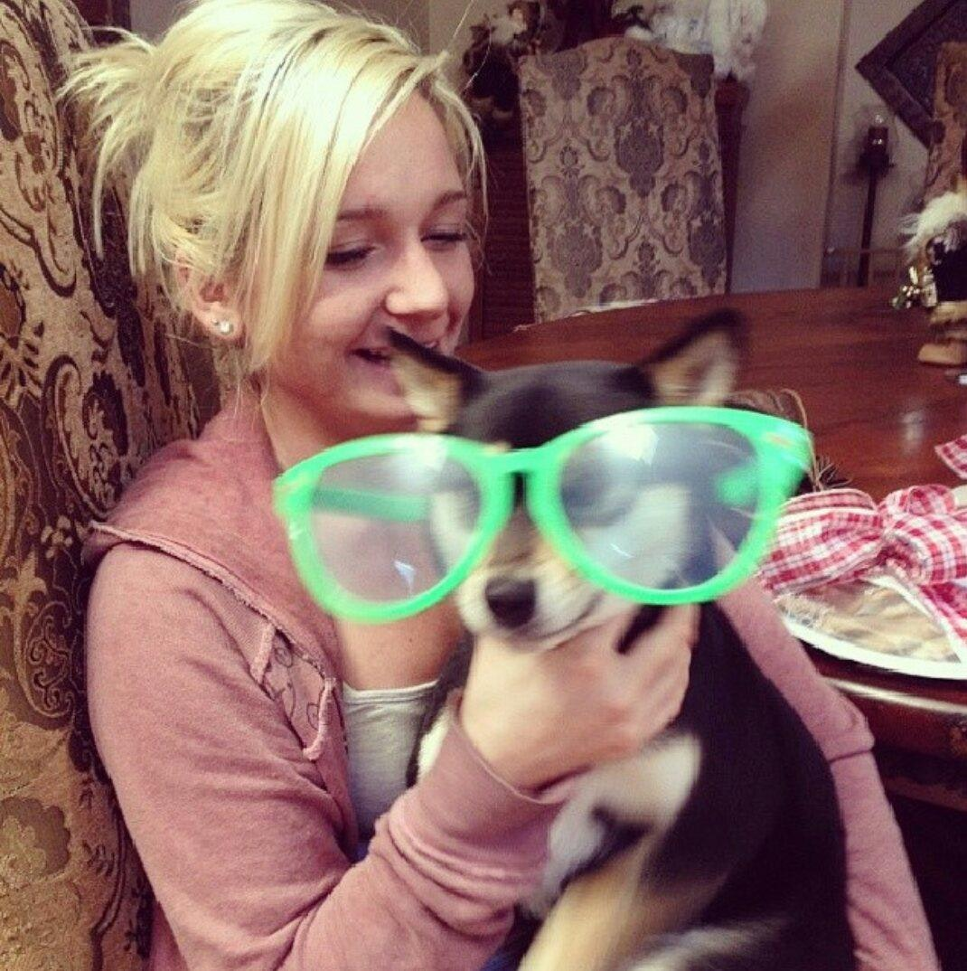 dog walker Sheyenne