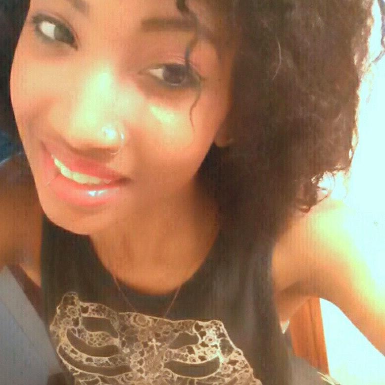 RonEisha W.