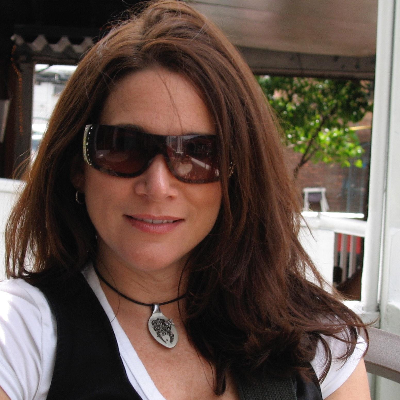 Lynda J.