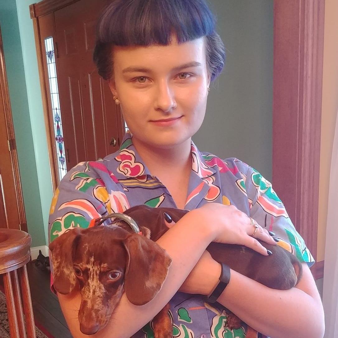 house sitter Yelyzaveta
