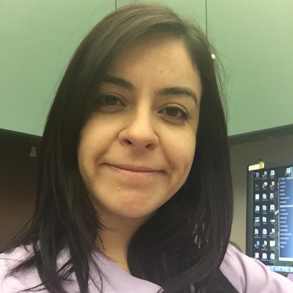 Paola G M.