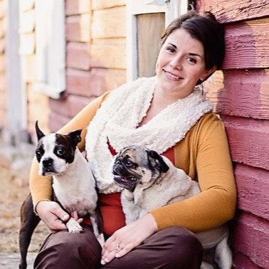 pet sitter Lacy