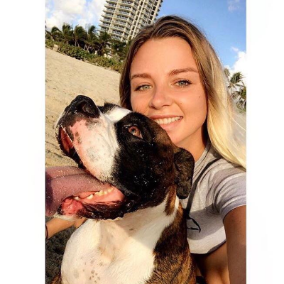 dog walker Brooke