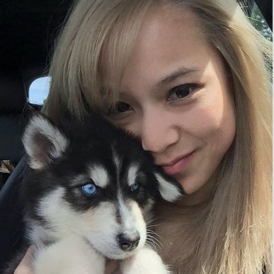 Chloe Y.