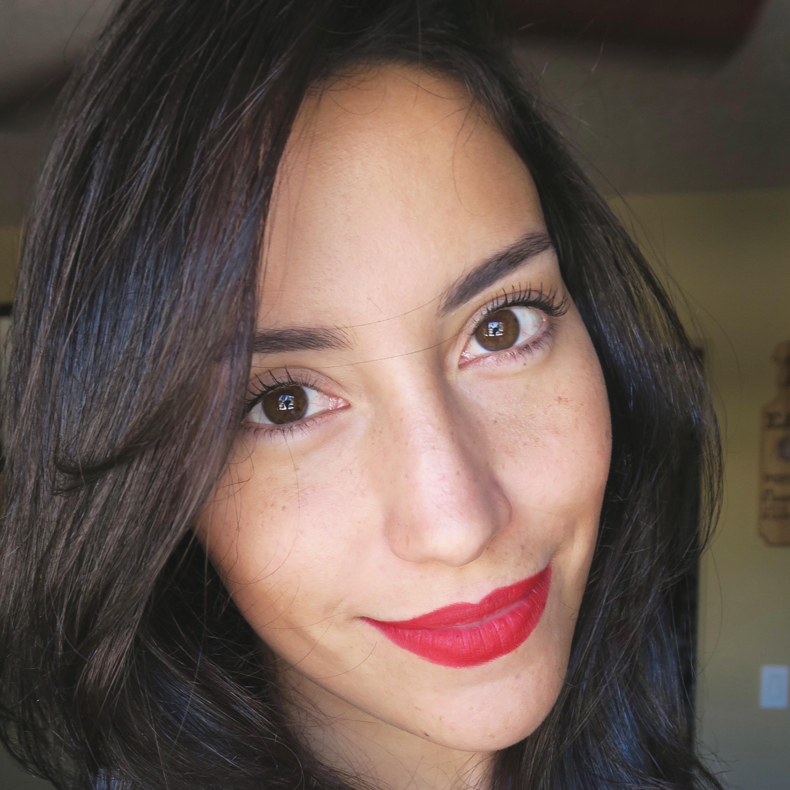 Ana Claudia C.