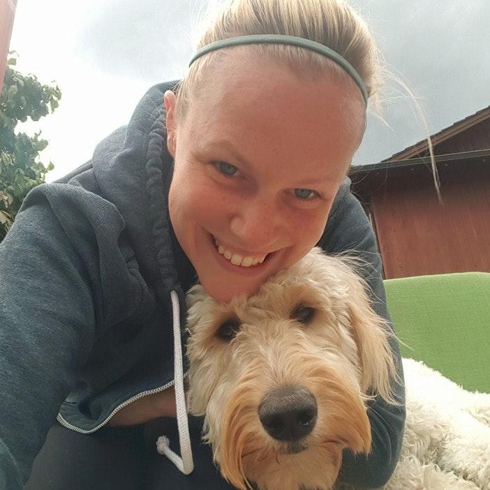 dog walker Elyse