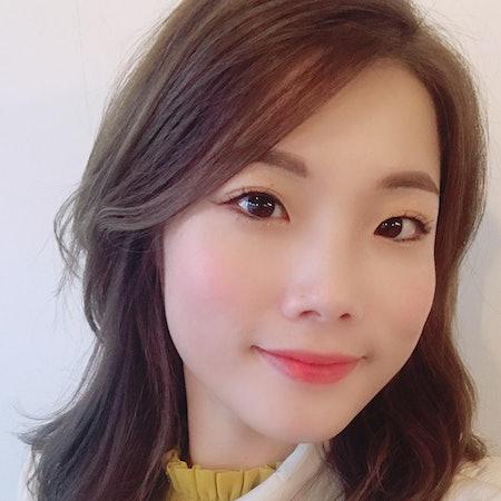 Hyunsoo J.