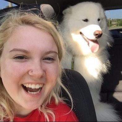 dog walker Sydnie