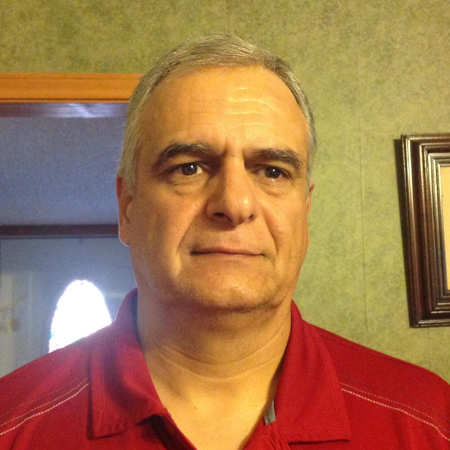 Jose Luis V.