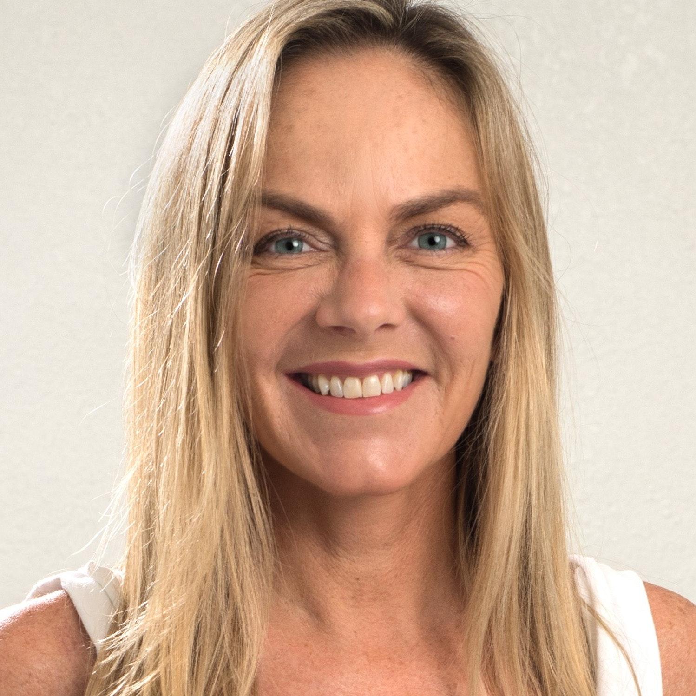 Fernanda B.