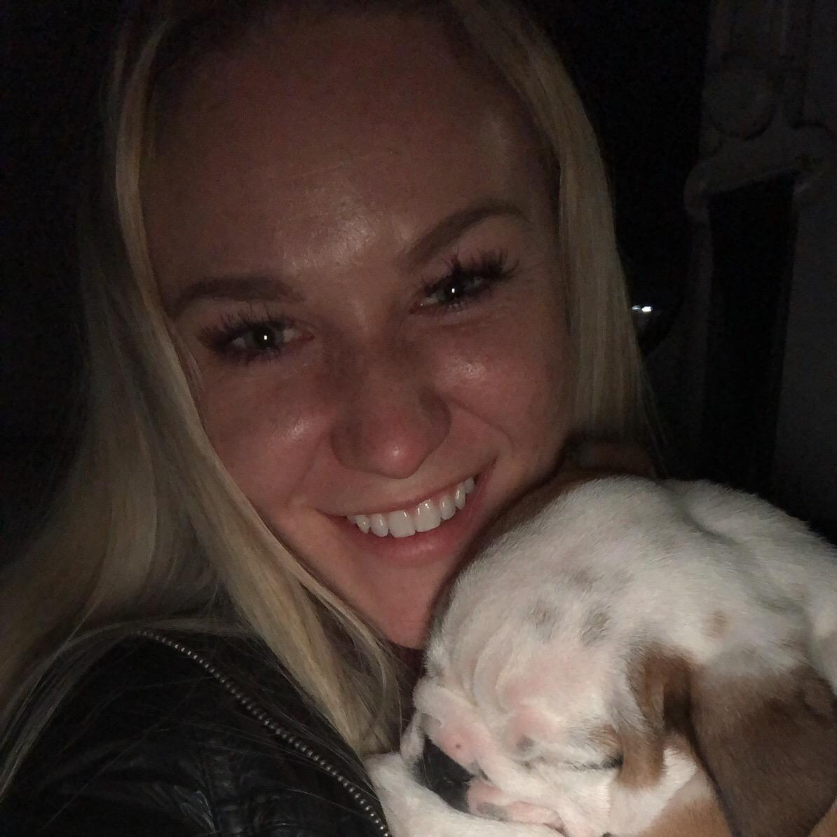 dog walker Lexie
