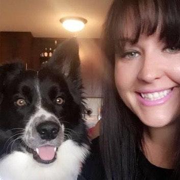 dog walker Allyssa