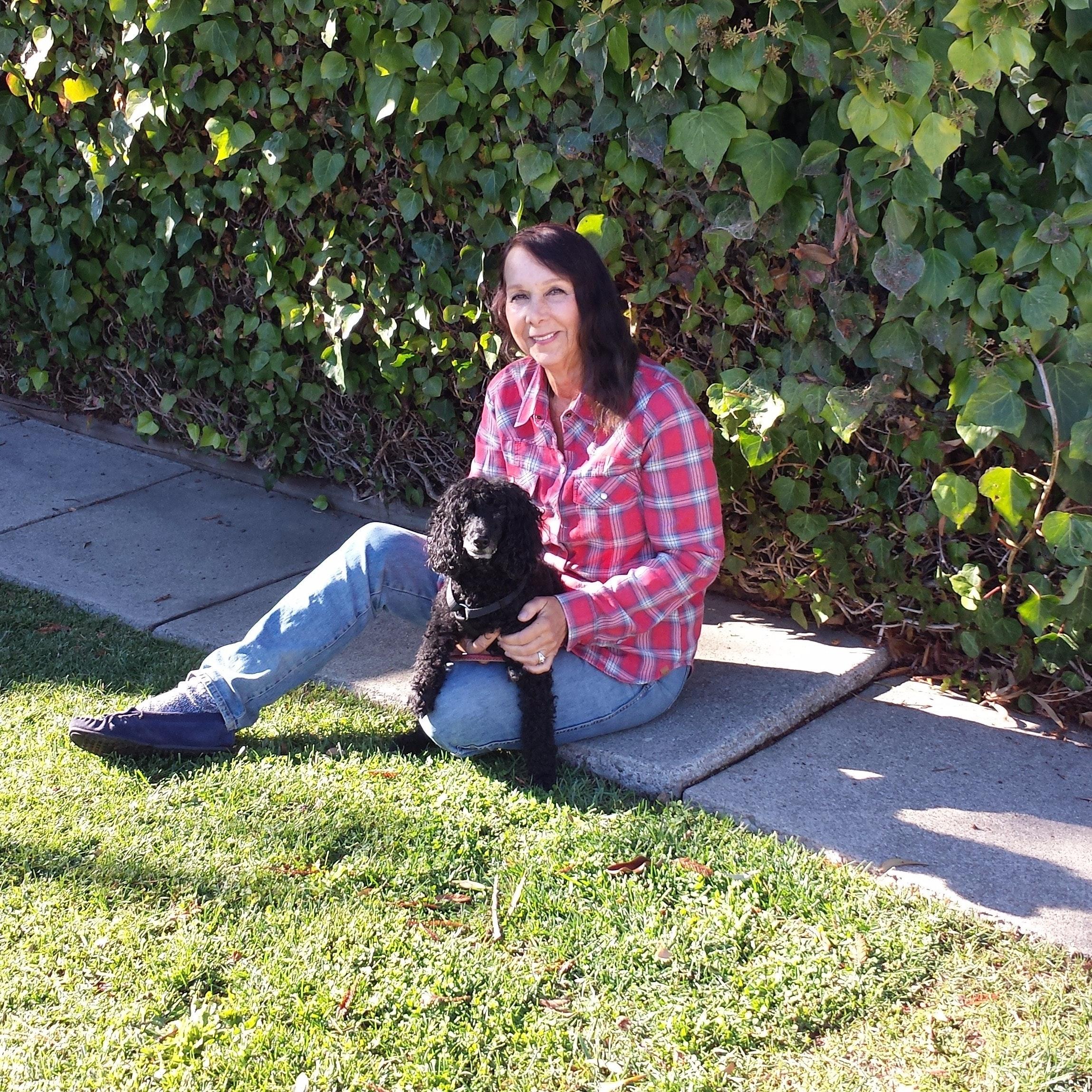 pet sitter Cher