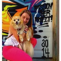 dog walker Haillie