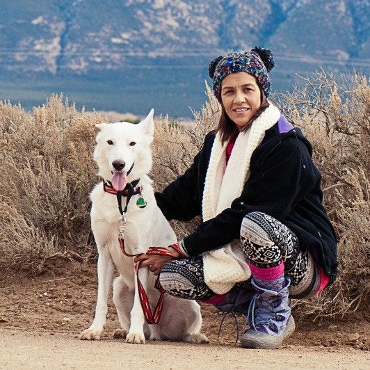 dog walker Anassiri