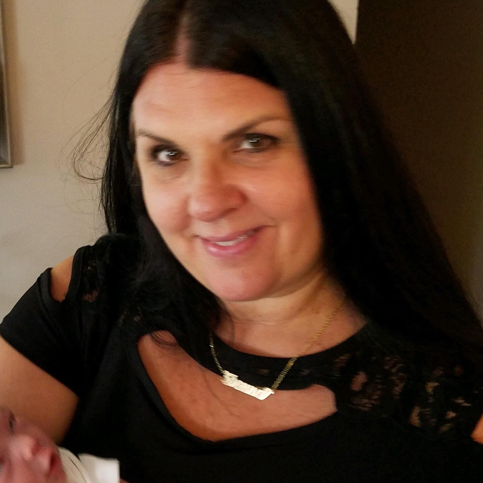 Donna O.