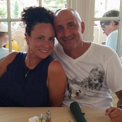 pet sitter Christopher & Linda