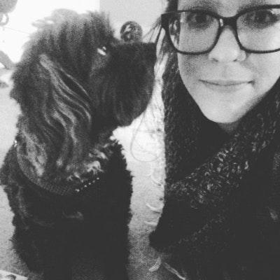 dog walker Charis