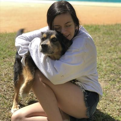 dog walker Alayna