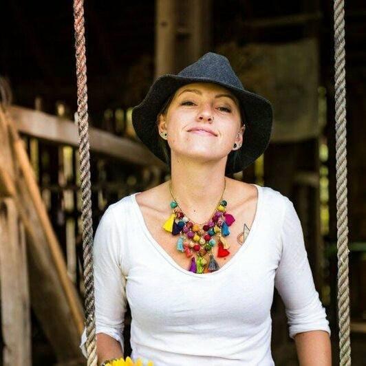 Amanda H.