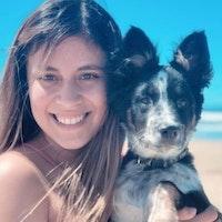 dog walker Alicia