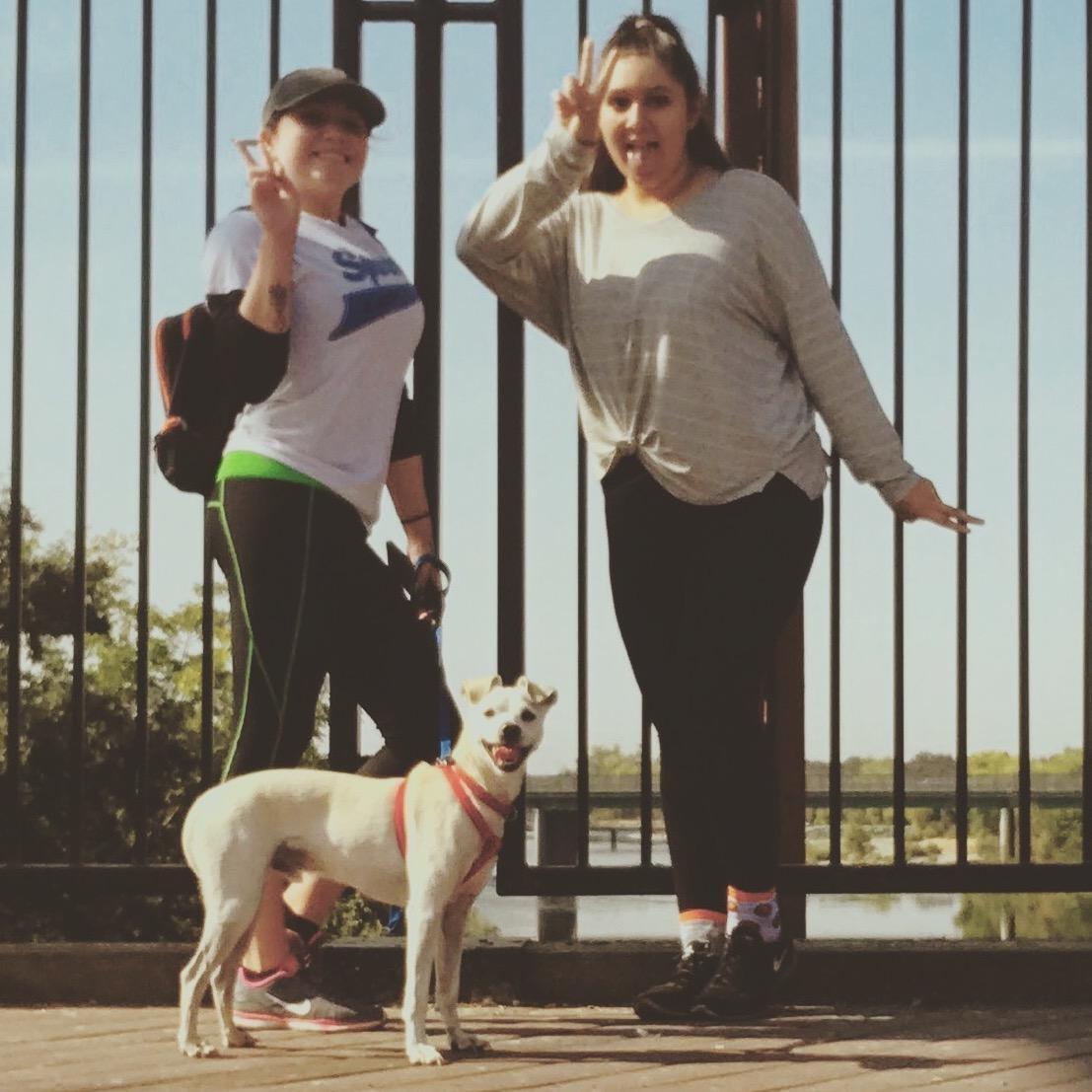 dog walker Jolie