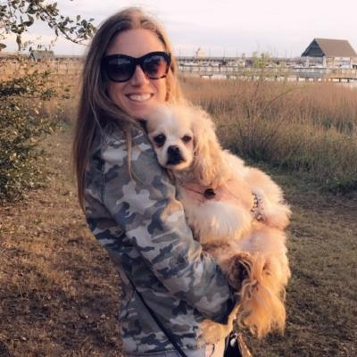 dog walker Elissa