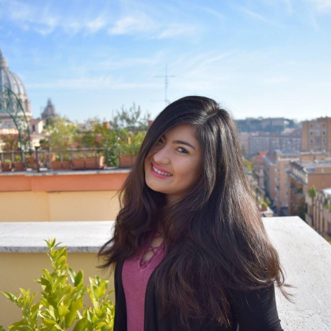 house sitter Serina