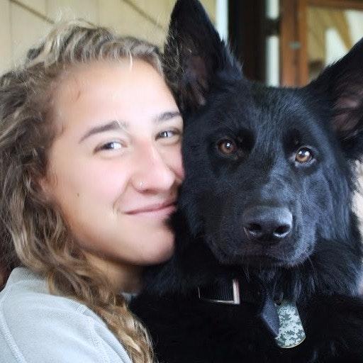 dog walker Zoe