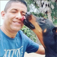 dog walker Raul