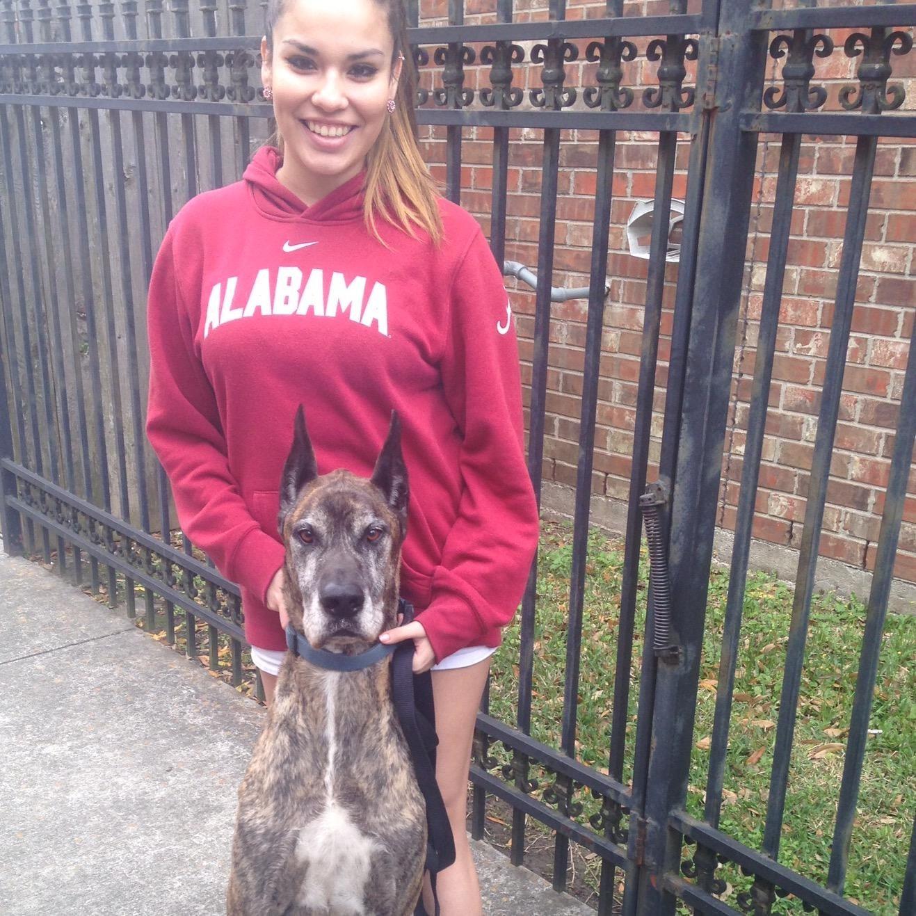 dog walker Leticia