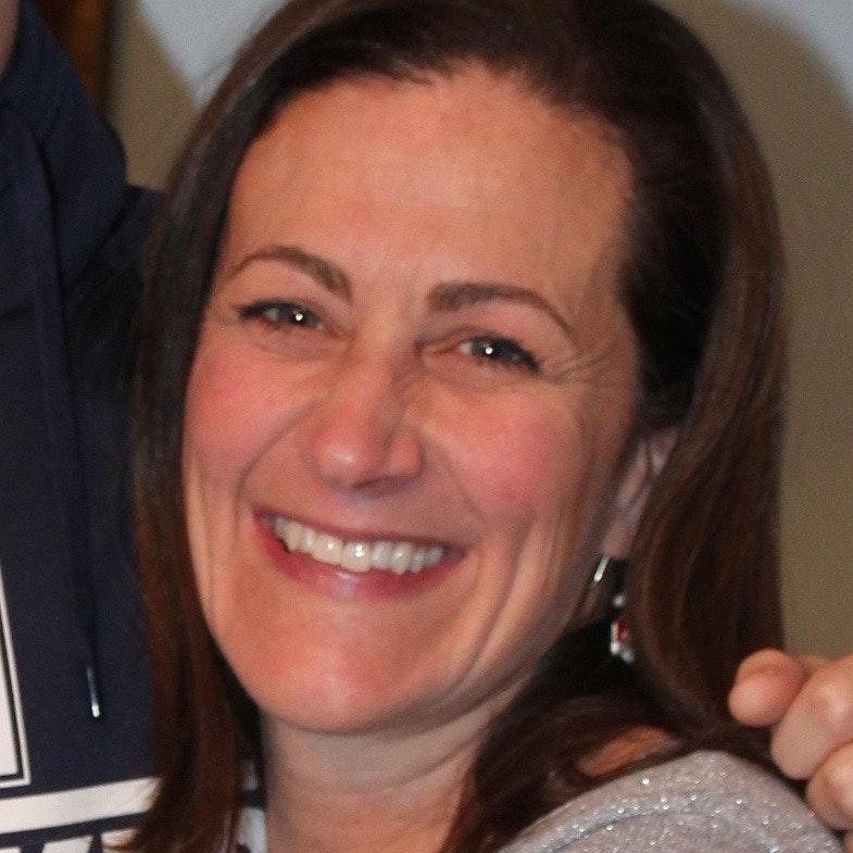 Christine F.