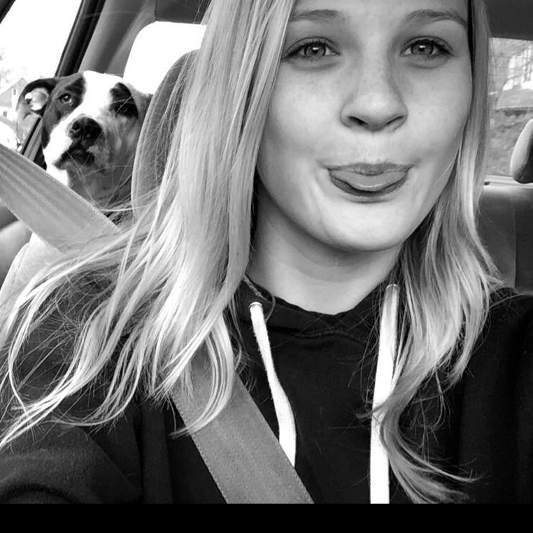 dog walker Mia