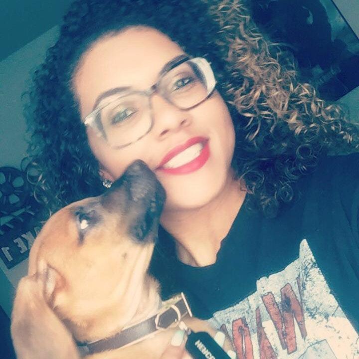dog walker Queendora