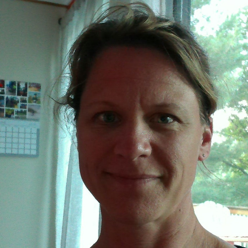 Beth R.