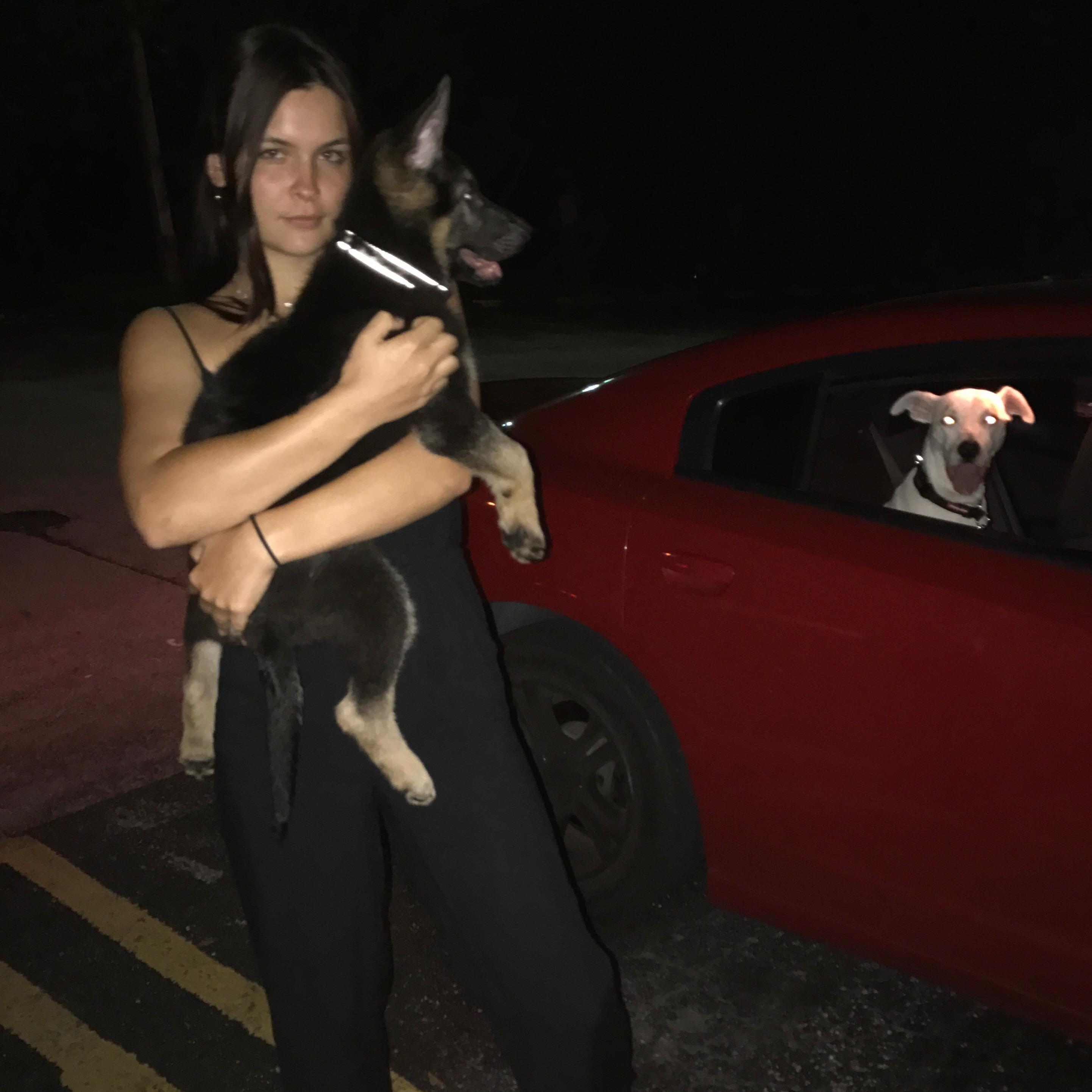 dog walker Lorissa