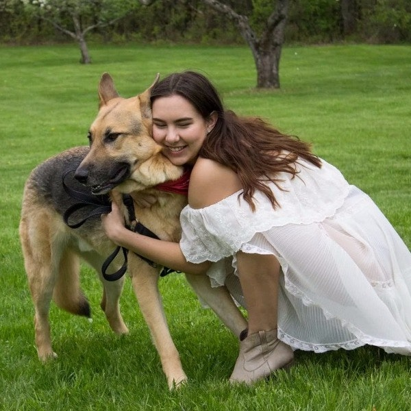 dog walker Sophia