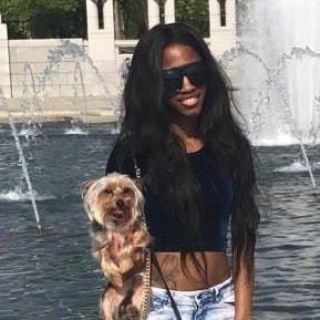dog walker Lashondra