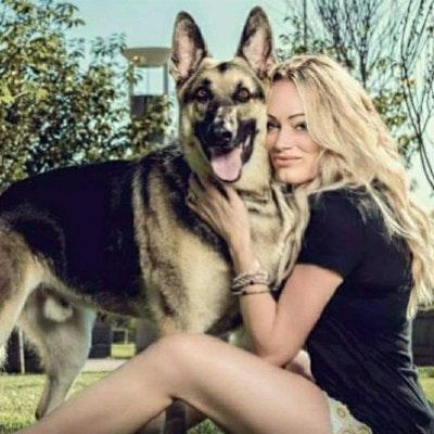 dog walker Taryn