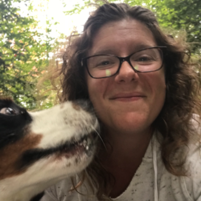 dog walker Bonnie