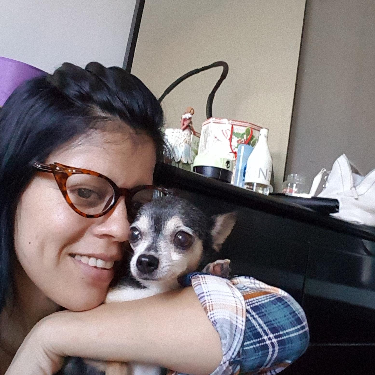 house sitter Zoila