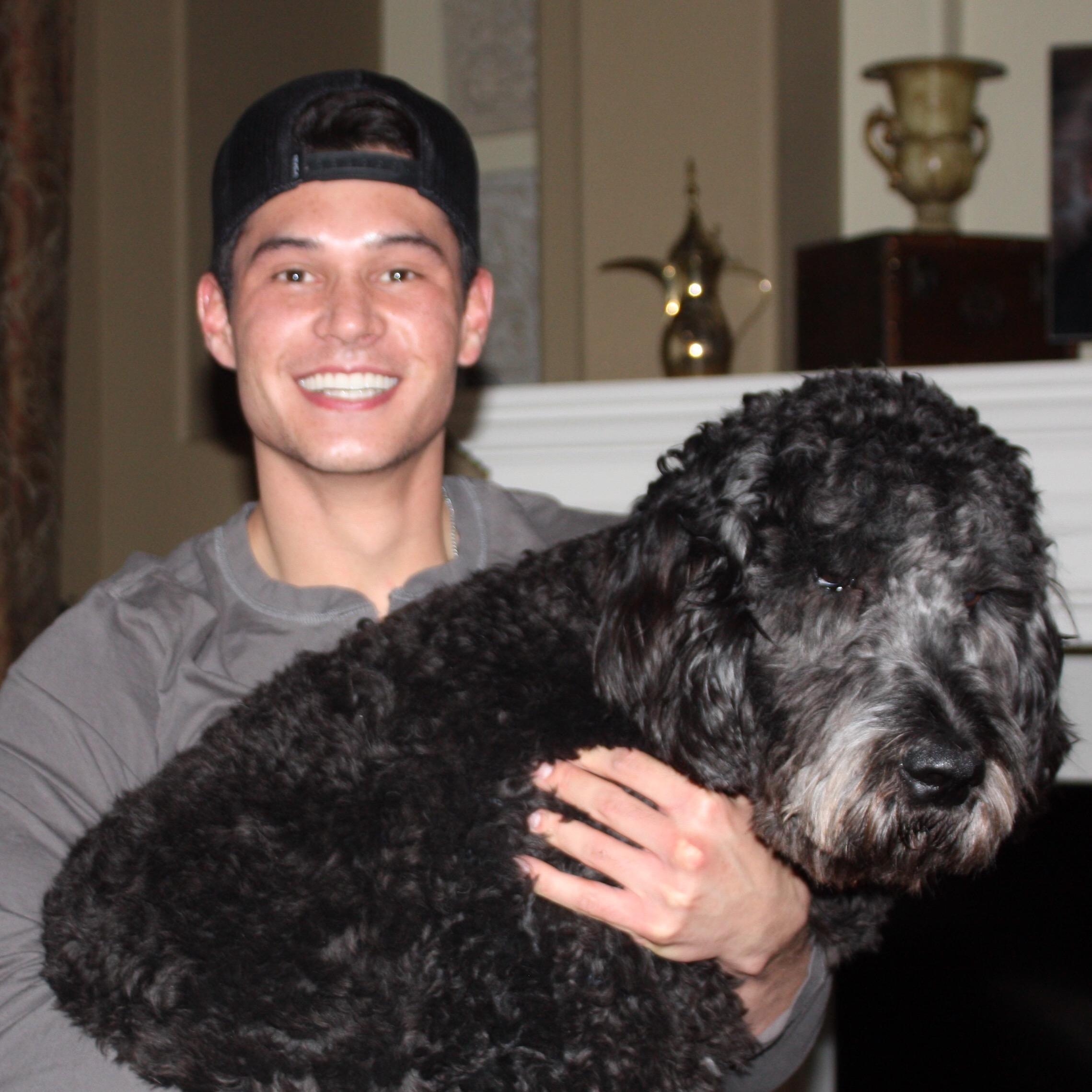 dog walker Ellis