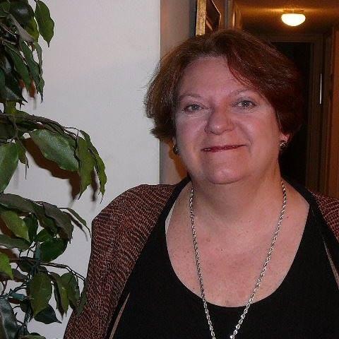 Lois E.