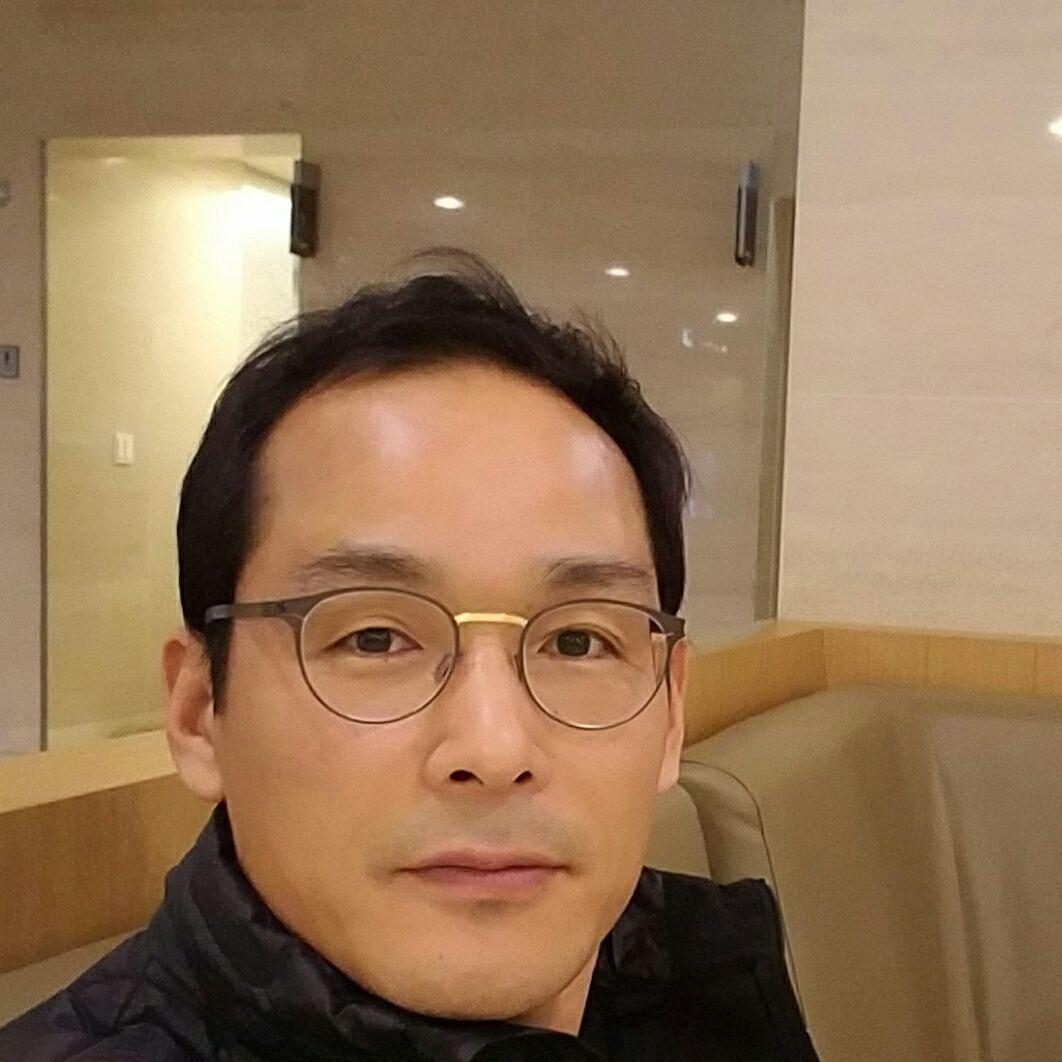 Sangmook L.