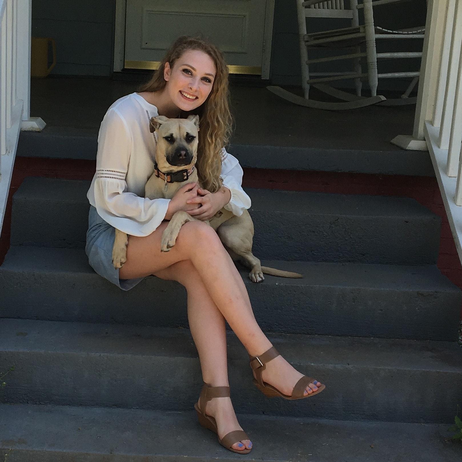 house sitter Emma