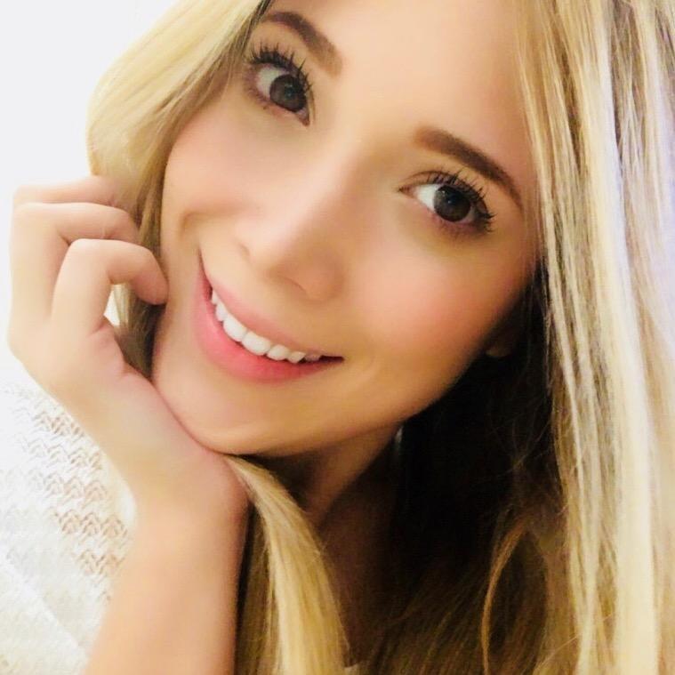 Elisa C A.